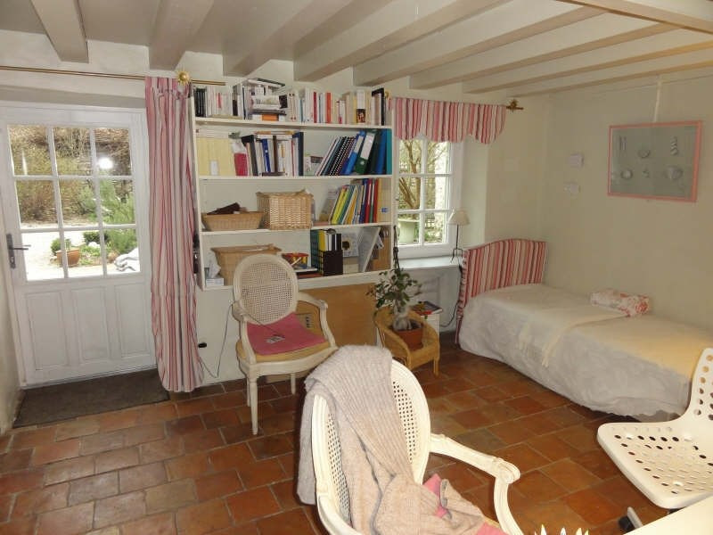 Sale house / villa Montfort l amaury 582 000€ - Picture 4
