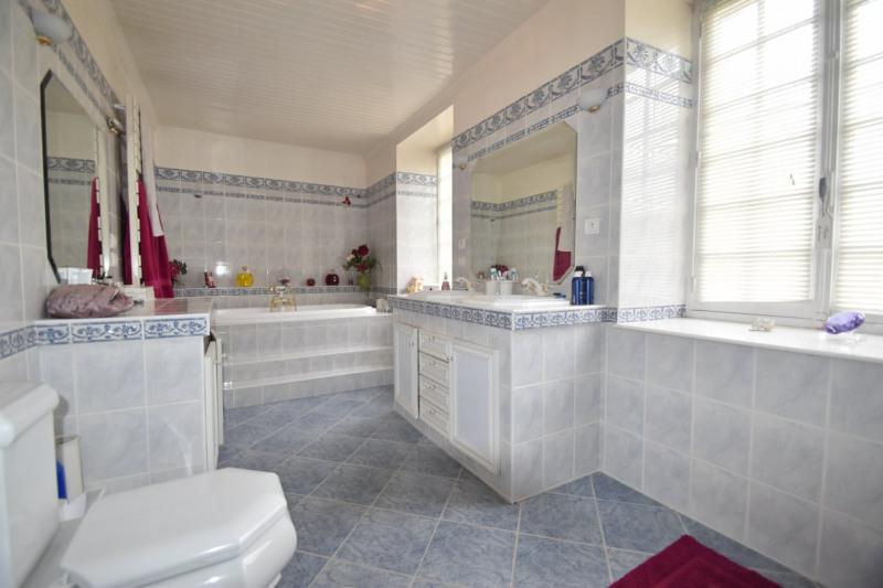 Sale house / villa Valognes 244000€ - Picture 7