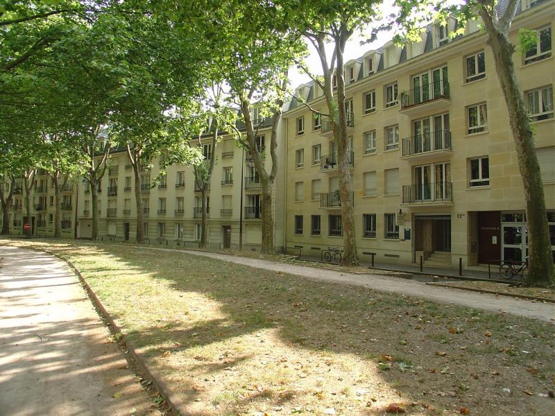 Sale apartment Versailles 247000€ - Picture 1