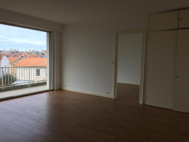 Location appartement La rochelle 850€ CC - Photo 1