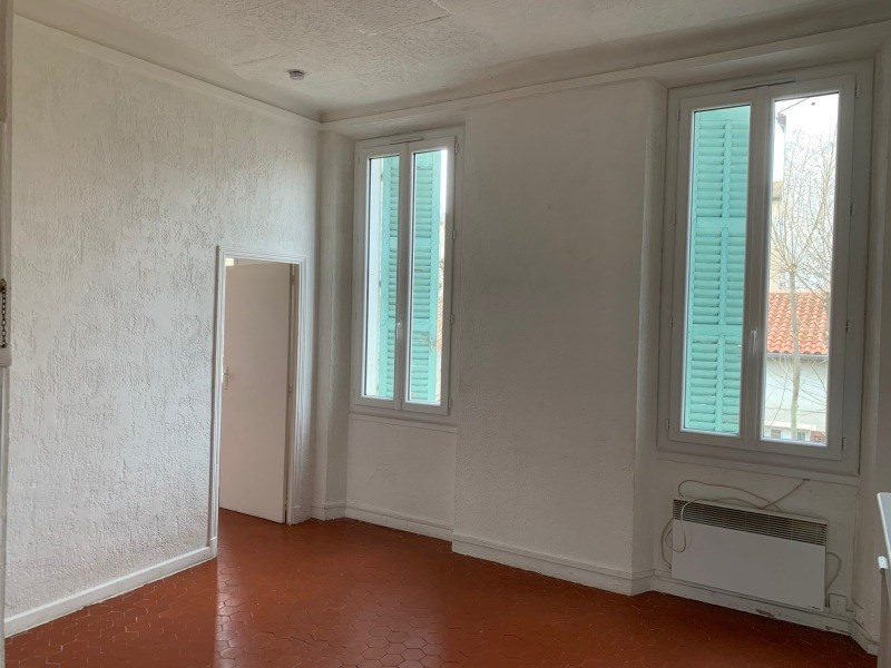 Location appartement La seyne-sur-mer 464€ CC - Photo 4
