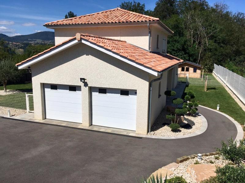 Verkoop  huis Saint-prim 363000€ - Foto 1