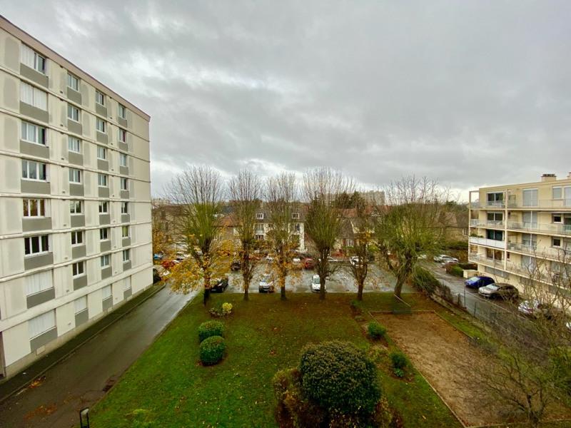 Sale apartment Saint germain en laye 220000€ - Picture 6