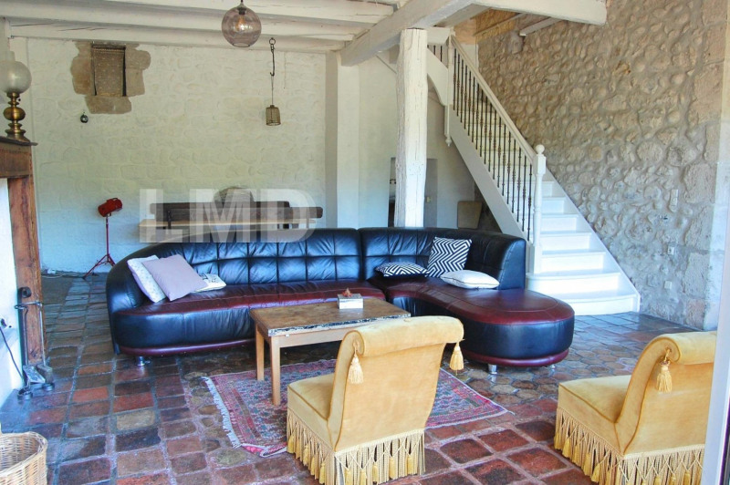 Vente maison / villa Aubenas 229 000€ - Photo 2