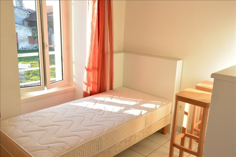 Rental apartment Pauillac 365€ CC - Picture 1