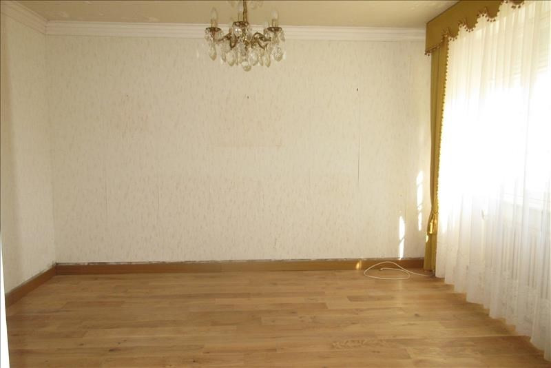 Sale house / villa Plouhinec 141 210€ - Picture 4