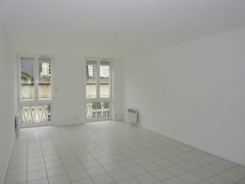 Rental apartment Cognac 650€ CC - Picture 1