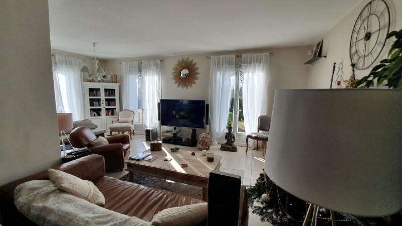 Sale house / villa Saint genies bellevue 374000€ - Picture 4