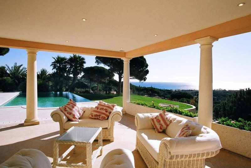 Deluxe sale house / villa Ste maxime 2080000€ - Picture 2