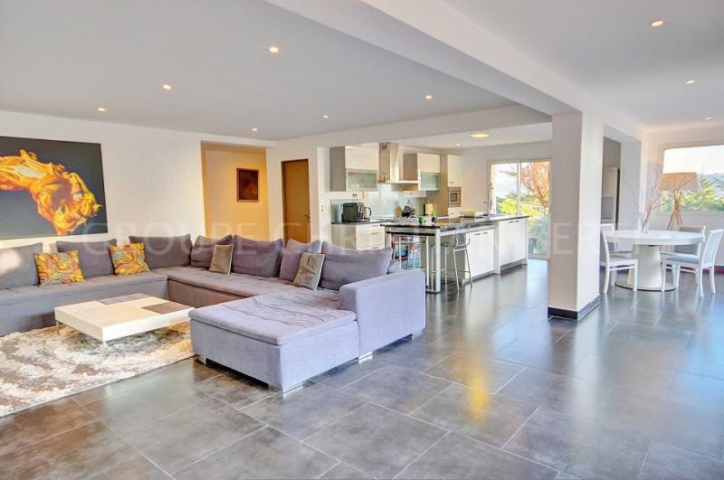 Deluxe sale house / villa Mandelieu 798000€ - Picture 1