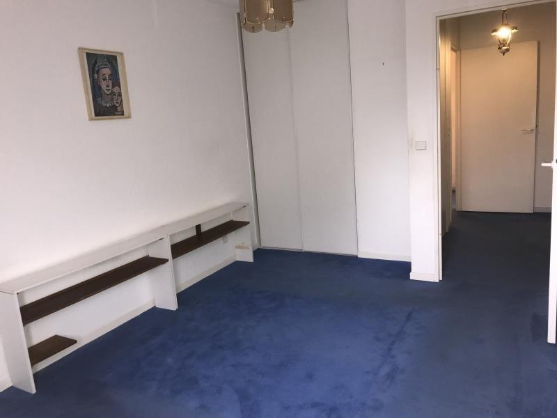 Sale apartment Pau 151000€ - Picture 2