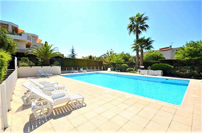 Sale apartment Saint laurent du var 137000€ - Picture 1