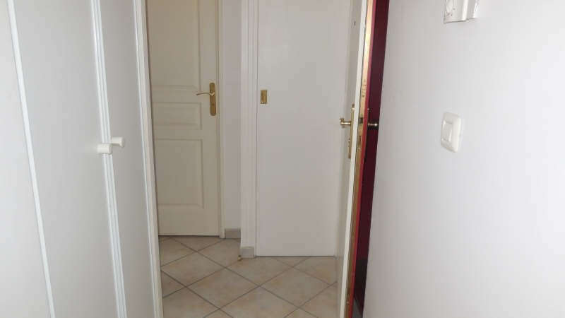 Location appartement Yvetot 525€ CC - Photo 4