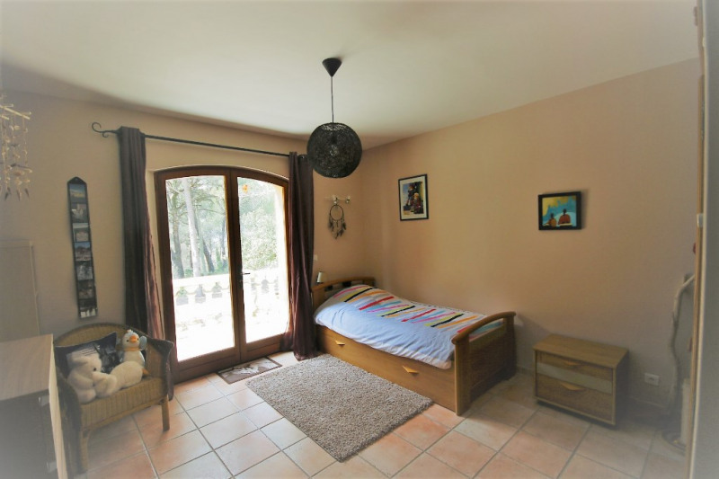 Deluxe sale house / villa Meyrargues 630 000€ - Picture 8