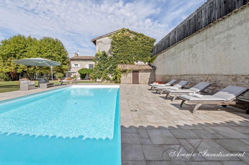 Deluxe sale house / villa Francheville 1395000€ - Picture 2