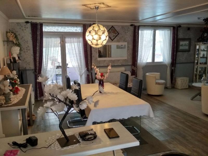 Sale house / villa Le passage 265000€ - Picture 6