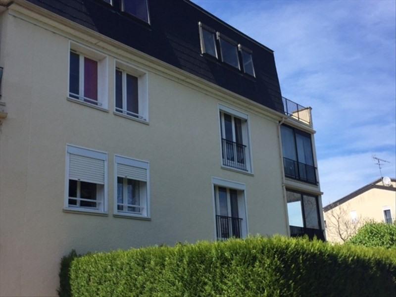 Verhuren  appartement Dourdan 765€ CC - Foto 2