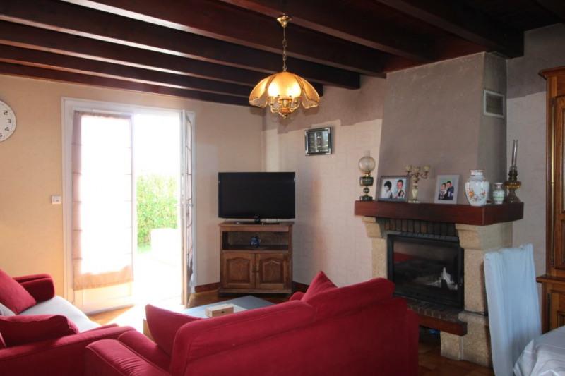 Sale house / villa Le palais 365960€ - Picture 2