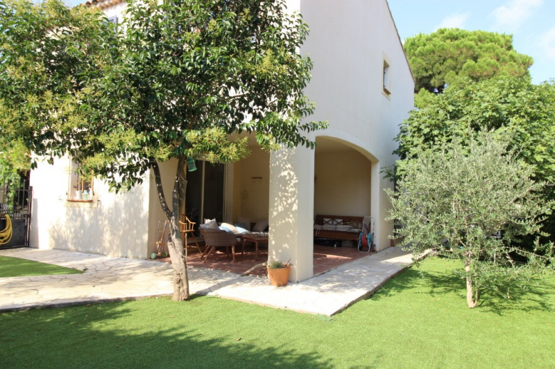 Vendita casa Hyeres 485900€ - Fotografia 2