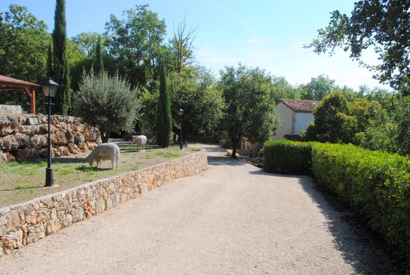 Deluxe sale house / villa Montauroux 990000€ - Picture 8
