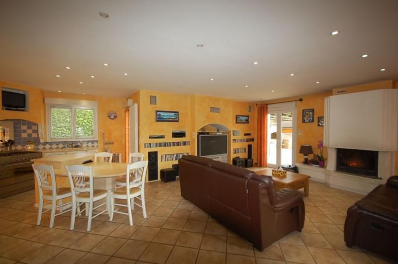 Location maison / villa Reyrieux 1650€ CC - Photo 2