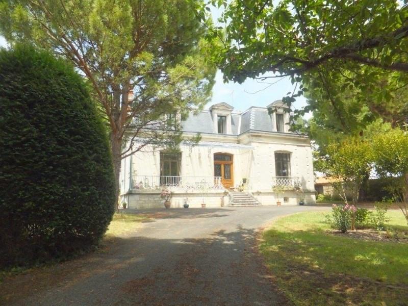 Vente de prestige maison / villa Jarnac 561750€ - Photo 1