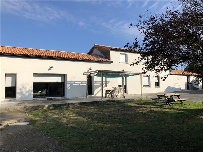 Sale house / villa Jallais 258130€ - Picture 2