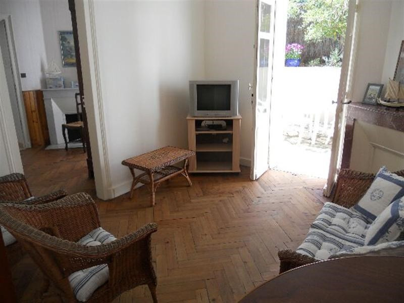 Vacation rental house / villa Royan 916€ - Picture 6