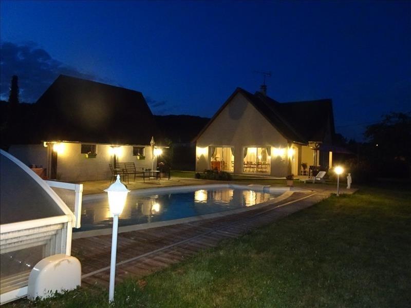 Sale house / villa Pont audemer 349500€ - Picture 1