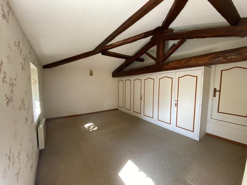 Sale house / villa St prim 248000€ - Picture 7