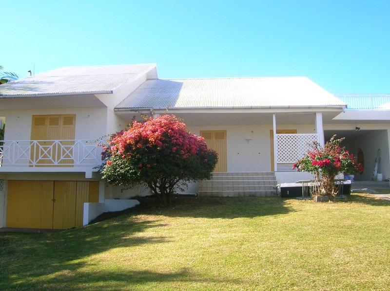 Location maison / villa Le tampon 1233€ +CH - Photo 1