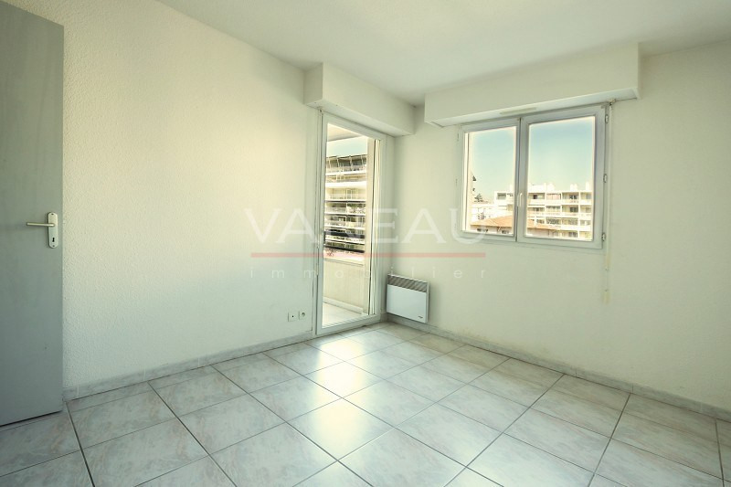 Vente de prestige appartement Juan-les-pins 165360€ - Photo 6