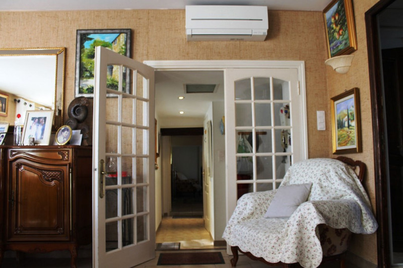 Vendita appartamento Lambesc 248000€ - Fotografia 8