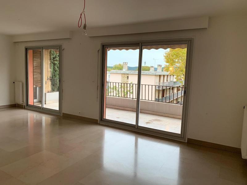 Location appartement Aix en provence 1379€ CC - Photo 3