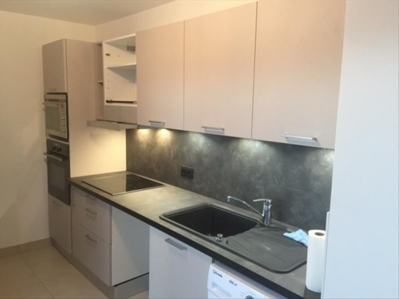 Alquiler  apartamento Bretigny sur orge 890€ CC - Fotografía 2