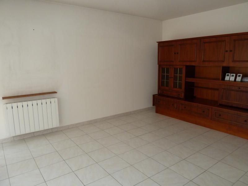 Sale house / villa Niort 131250€ - Picture 2