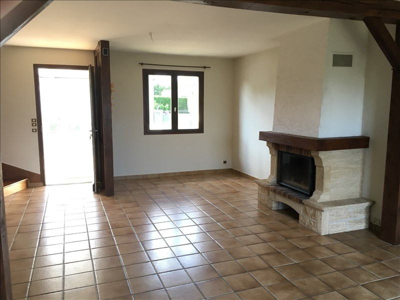 Location maison / villa St ouen 755€ CC - Photo 3