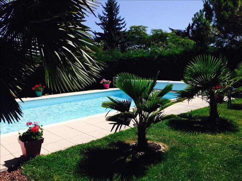 Deluxe sale house / villa Vã©traz-monthoux 835000€ - Picture 1