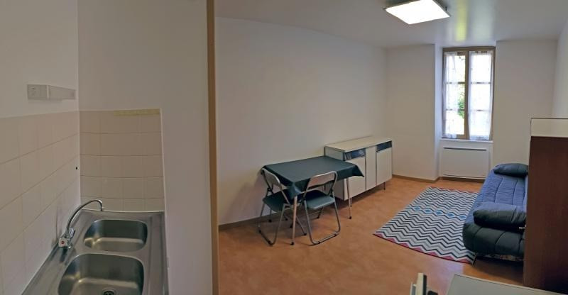 Location appartement Nantua 440€ CC - Photo 3