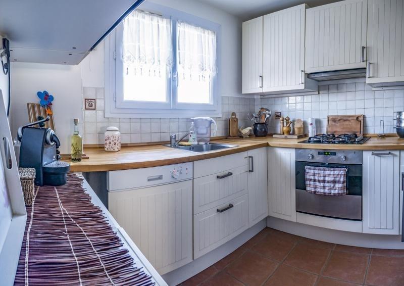 Sale apartment Plaisir 172000€ - Picture 2