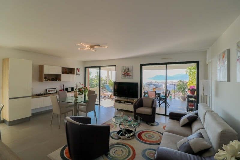 Deluxe sale apartment Cannes la bocca 780000€ - Picture 3