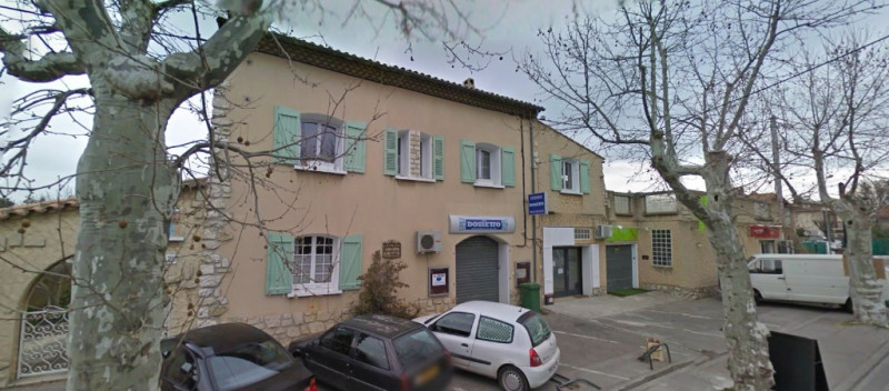 Location local commercial Les milles 790€ CC - Photo 1