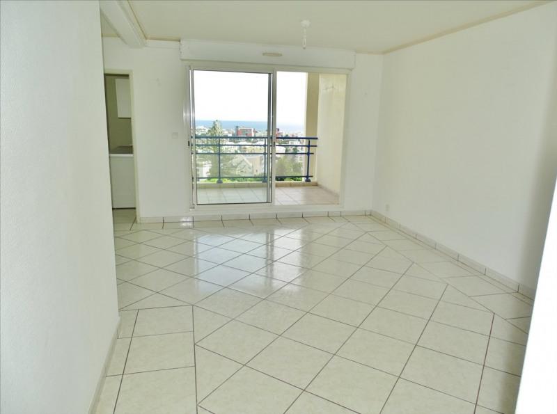 Locação apartamento Saint denis 950€ CC - Fotografia 2
