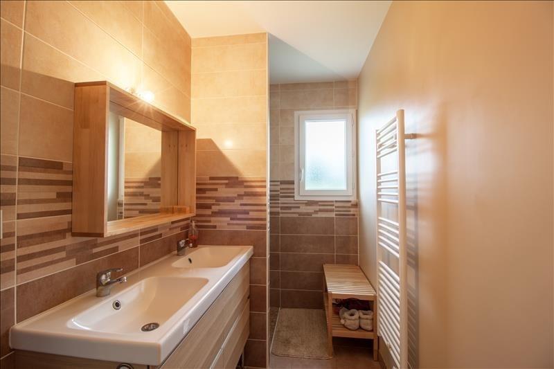 Sale house / villa Artix 212900€ - Picture 5
