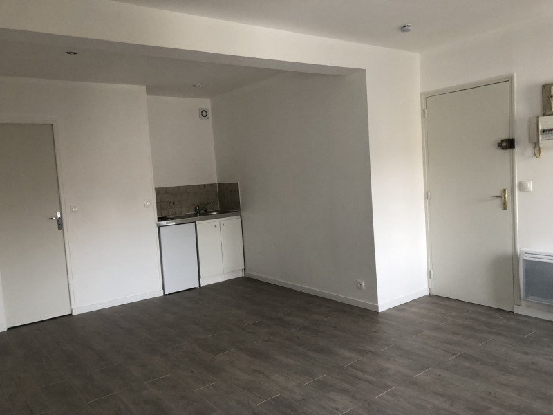 Rental apartment Melun 570€ CC - Picture 2