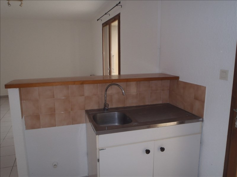 Location appartement 26200 601€ CC - Photo 1