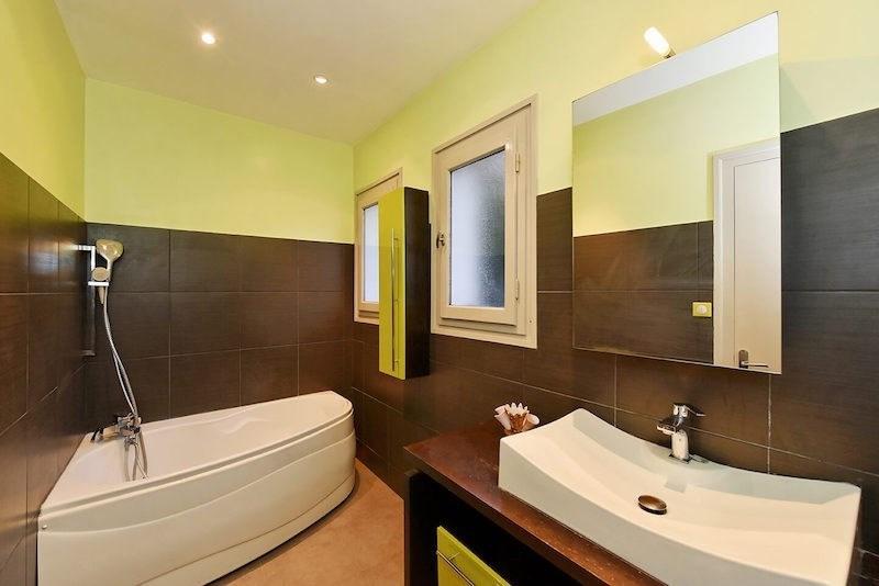 Verkauf von luxusobjekt haus Charbonnieres les bains 869000€ - Fotografie 5