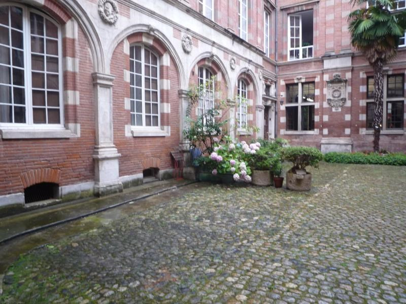 Rental apartment Toulouse 2 650€ CC - Picture 4