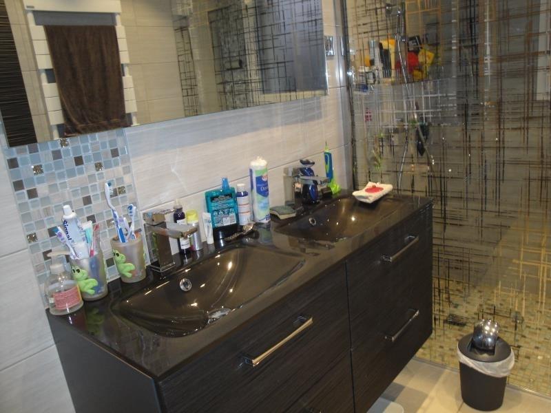 Sale house / villa Bavans 242000€ - Picture 6