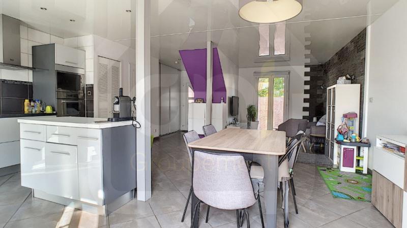 Sale house / villa Vitrolles 315000€ - Picture 2